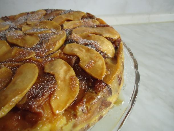 Gâteau de crèpes aux pommes et caramel 035