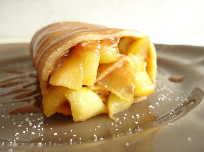 Roulé de crêpes aux pommes 055