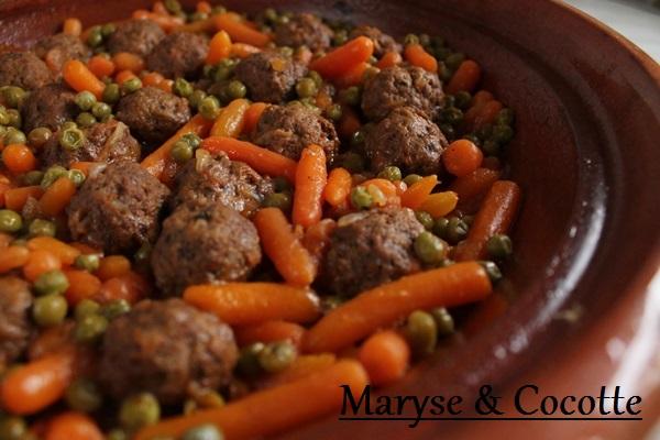 Tagine de boulettes de viande petits pois carottes 032